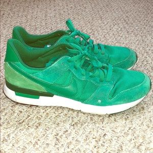 Emerald green nike sneakers archive '83 m
